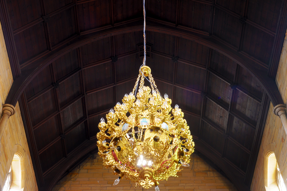 What a chandelier!